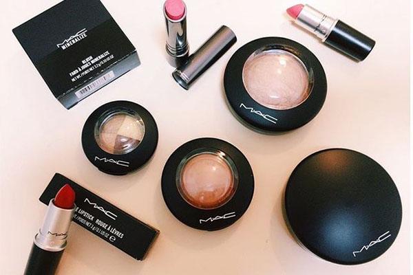Produse cosmetice profesionale mac